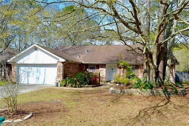 500 Water Oak Lane, Mandeville, LA 70471 (MLS #2243673) :: Crescent City Living LLC