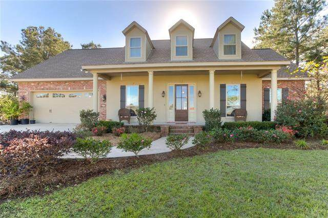 14000 Riverlake Drive, Covington, LA 70435 (MLS #2245705) :: Crescent City Living LLC