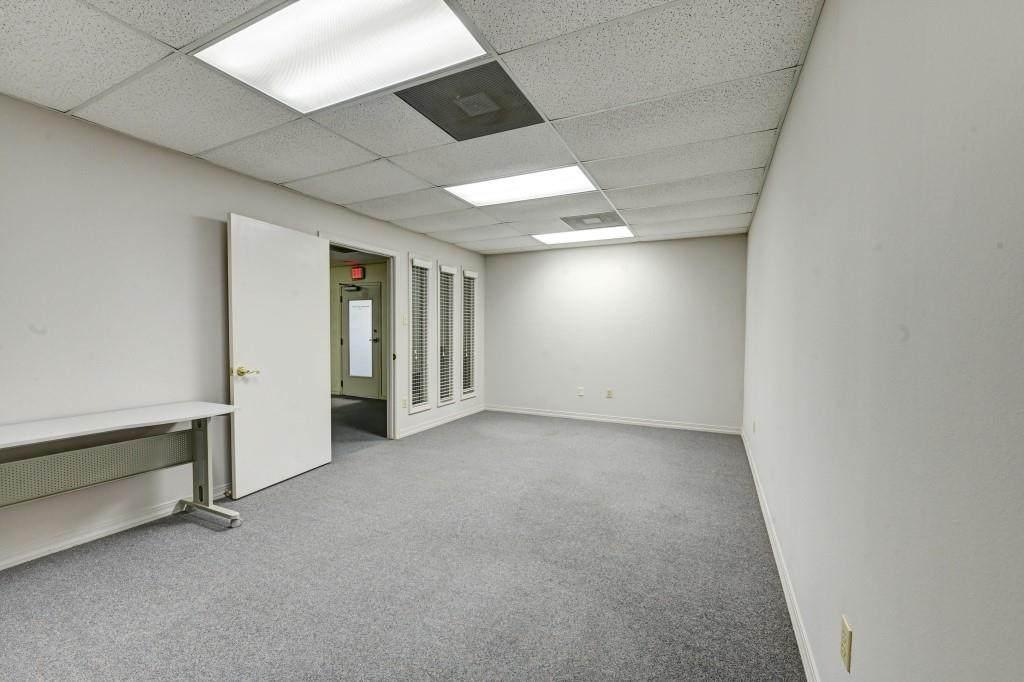 800 Mariners Plaza Drive - Photo 1