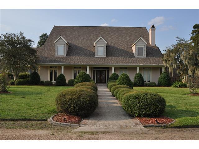 2641 Fawnwood Road, Marrero, LA 70072 (MLS #2111835) :: Turner Real Estate Group