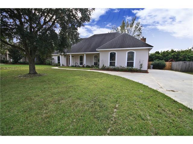 144 Acadian Lane, Mandeville, LA 70471 (MLS #2120497) :: Turner Real Estate Group
