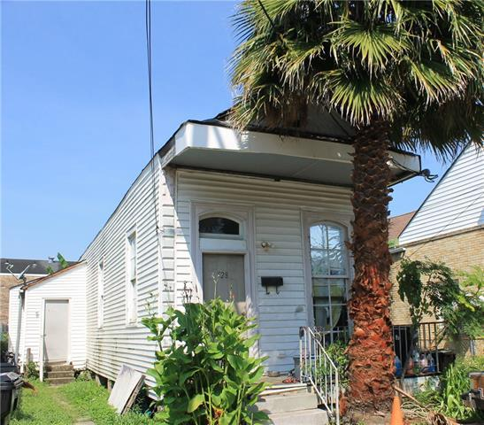 528 Tupelo Street, New Orleans, LA 70117 (MLS #2124528) :: Crescent City Living LLC