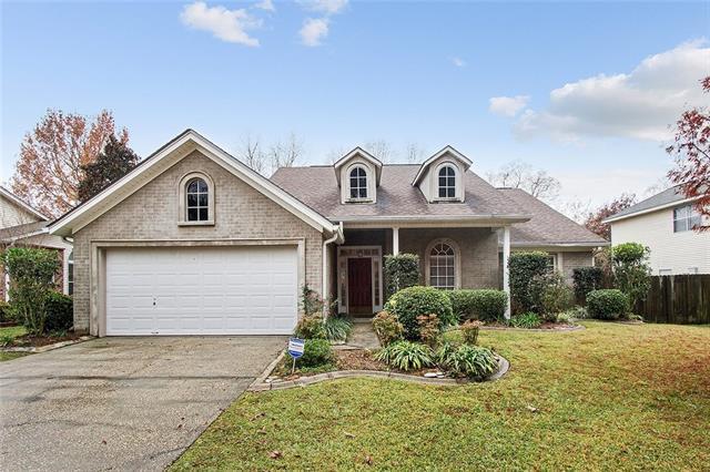 830 Labarre Street, Mandeville, LA 70448 (MLS #2135710) :: Turner Real Estate Group