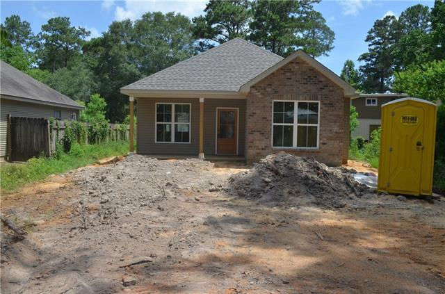 124 Davis Street, Madisonville, LA 70447 (MLS #2143865) :: Turner Real Estate Group