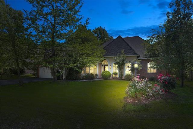 1380 Ridge Way Drive, Mandeville, LA 70471 (MLS #2150559) :: Turner Real Estate Group