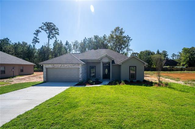111 Marionbelle Drive, Ponchatoula, LA 70454 (MLS #2150968) :: Turner Real Estate Group