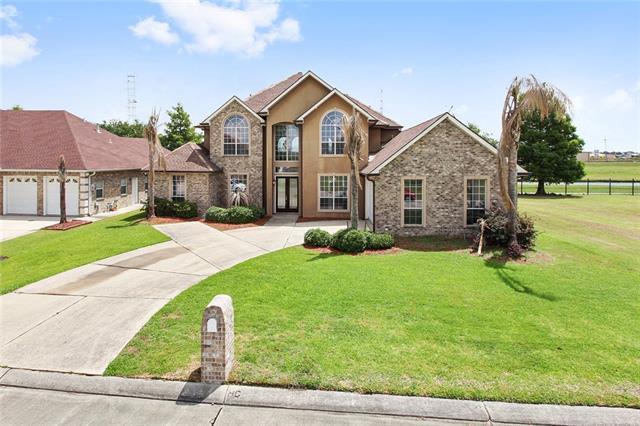 1721 Wedgwood Drive, Harvey, LA 70058 (MLS #2155506) :: Parkway Realty