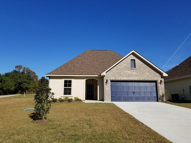 660 Terrace Lake Drive, Covington, LA 70435 (MLS #2161162) :: Crescent City Living LLC