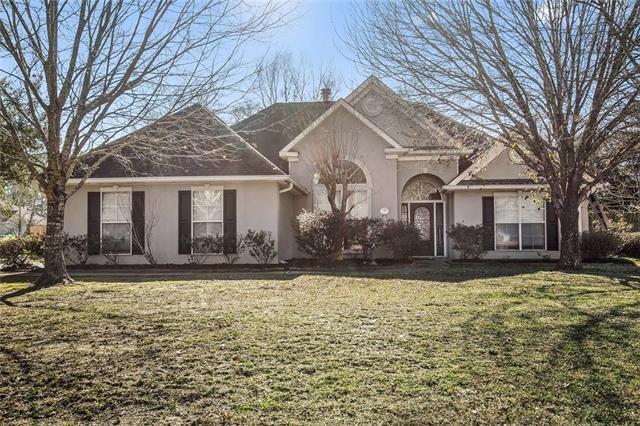 1396 Fairfield Drive, Mandeville, LA 70448 (MLS #2181454) :: Crescent City Living LLC