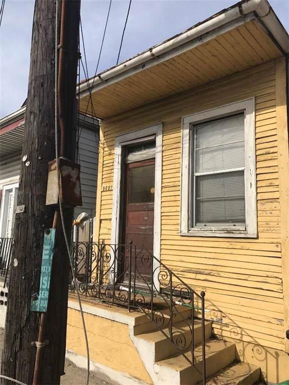 2627 Claiborne Avenue - Photo 1