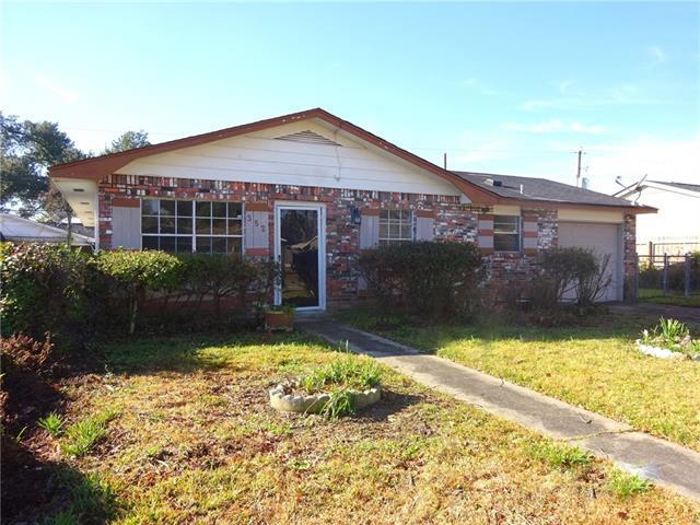 352 Rosedown Drive, La Place, LA 70068 (MLS #2184552) :: Crescent City Living LLC