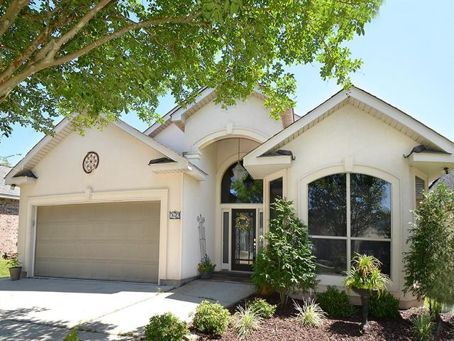 242 Coushatta Circle, Madisonville, LA 70447 (MLS #2196571) :: The Sibley Group