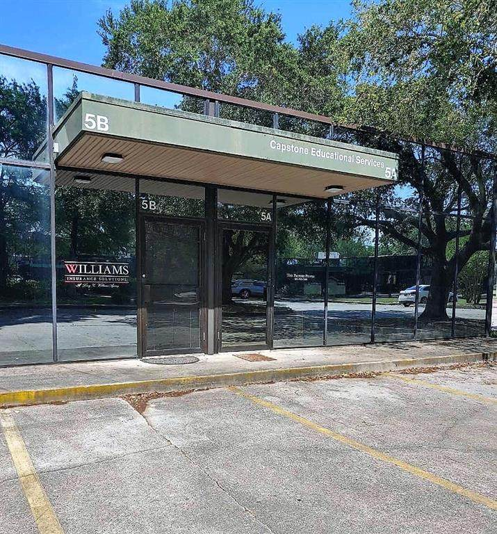 10555 Lake Forest Boulevard - Photo 1