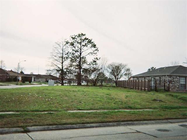 5200 Bundy Road, New Orleans, LA 70127 (MLS #981873) :: Turner Real Estate Group