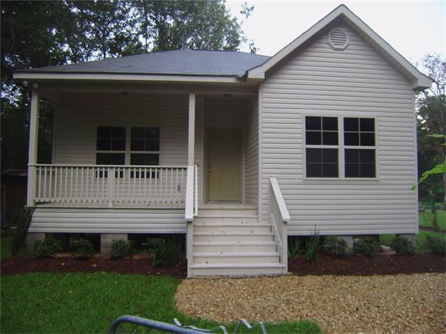 72347 Forest Drive, Covington, LA 70433 (MLS #2112406) :: Turner Real Estate Group