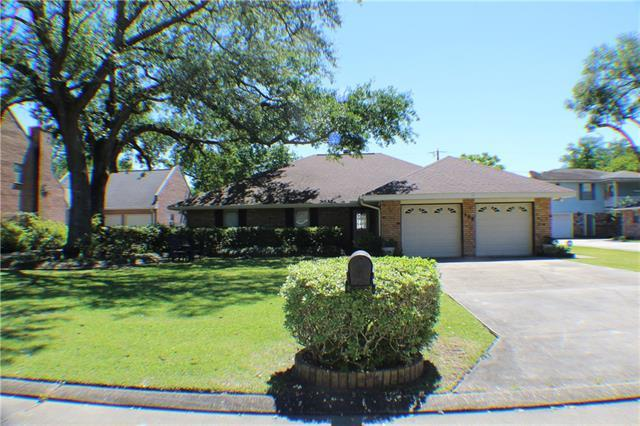 108 Gondrella Street, Belle Chasse, LA 70037 (MLS #2200597) :: Top Agent Realty
