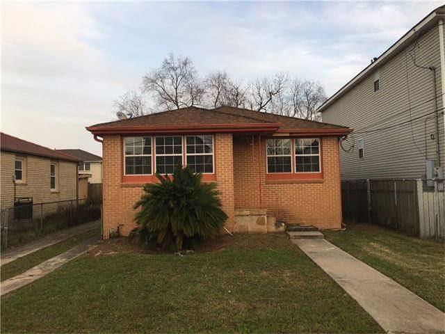 5721 Eads Street, New Orleans, LA 70122 (MLS #2118897) :: Turner Real Estate Group