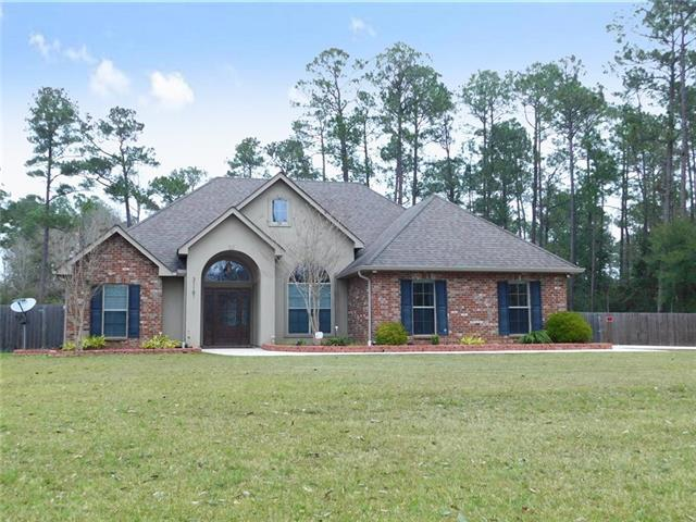 31181 Shannon Drive, Lacombe, LA 70445 (MLS #2184192) :: Crescent City Living LLC