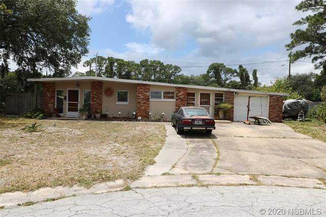 3220 Alamanda Court, Titusville, FL 32780 (MLS #1058354) :: Florida Life Real Estate Group