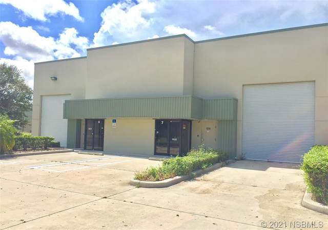210 Parktowne Boulevard 7 And 8, Edgewater, FL 32132 (MLS #1062142) :: BuySellLiveFlorida.com