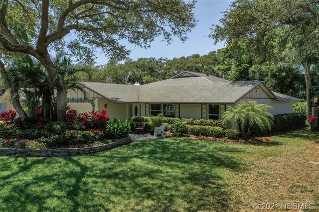 824 S Cooper Street, New Smyrna Beach, FL 32169 (MLS #1063132) :: Florida Life Real Estate Group