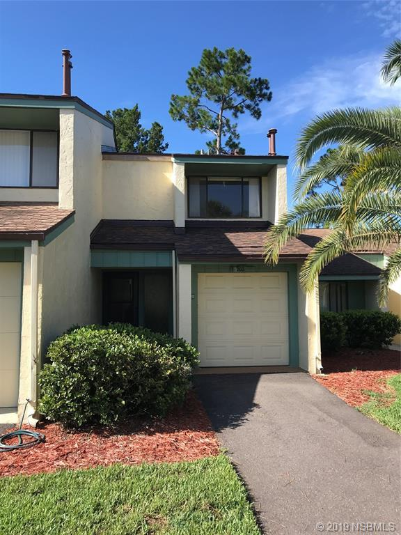 203 Club House Boulevard #203, New Smyrna Beach, FL 32168 (MLS #1050567) :: Florida Life Real Estate Group