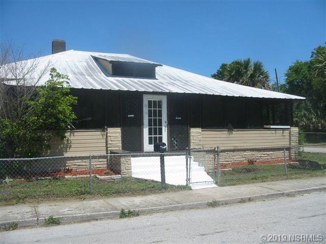 585 Washington Street, New Smyrna Beach, FL 32168 (MLS #1050614) :: Florida Life Real Estate Group