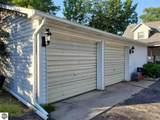 644 Lakeview Drive - Photo 3