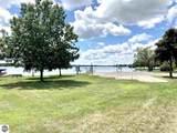 301 Lake - Photo 33