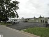910 Industrial Avenue - Photo 2