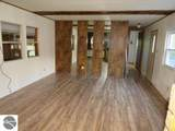 1085 Meadow Road - Photo 3