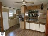 1085 Meadow Road - Photo 4