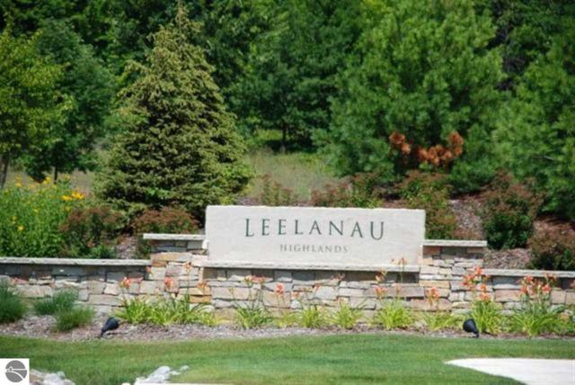 Lot 55 Leelanau Highlands, Traverse City, MI 49684 (MLS #1674947) :: CENTURY 21 Northland
