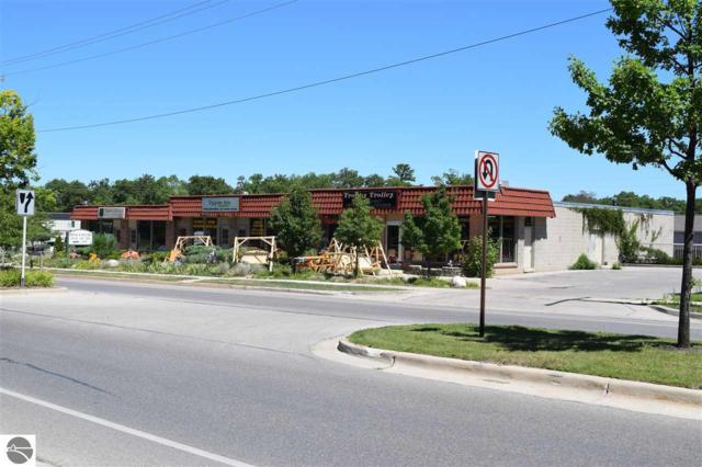 905,907 Woodmere Avenue 3-6, Traverse City, MI 49685 (MLS #1825441) :: Team Dakoske   RE/MAX Bayshore