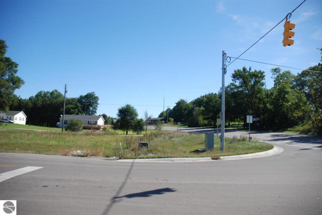 4986 N Long Lake Road, Traverse City, MI 49684 (MLS #1825689) :: CENTURY 21 Northland