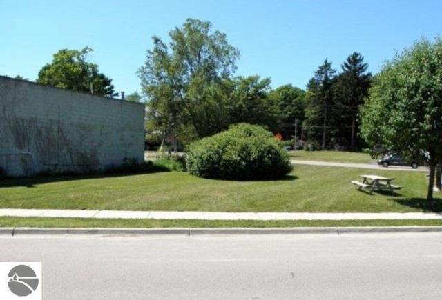 500 Frankfort Avenue, Elberta, MI 49628 (MLS #1836331) :: Team Dakoske | RE/MAX Bayshore