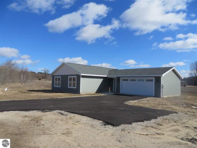 4577 Quail Court, Traverse City, MI 49685 (MLS #1844753) :: Michigan LifeStyle Homes Group