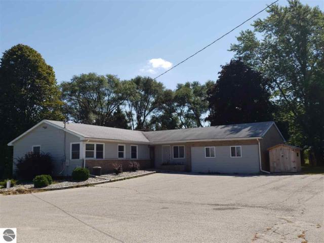 4676 E Broomfield Road, Mt Pleasant, MI 48858 (MLS #1852832) :: Team Dakoske | RE/MAX Bayshore