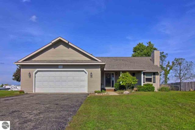 947 Cherry Ridge Drive, Traverse City, MI 49696 (MLS #1853406) :: Team Dakoske | RE/MAX Bayshore
