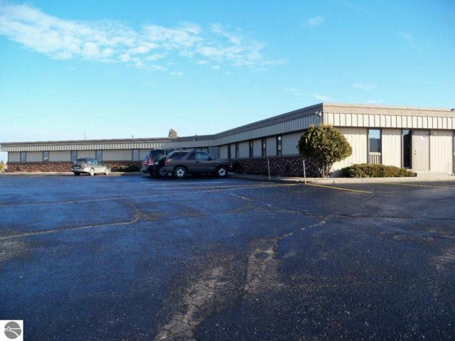955 E Commerce, Traverse City, MI 49684 (MLS #1854284) :: Team Dakoske | RE/MAX Bayshore