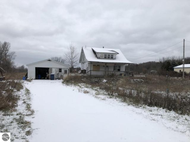 8325 Hawley Road, Williamsburg, MI 49690 (MLS #1855439) :: Team Dakoske | RE/MAX Bayshore