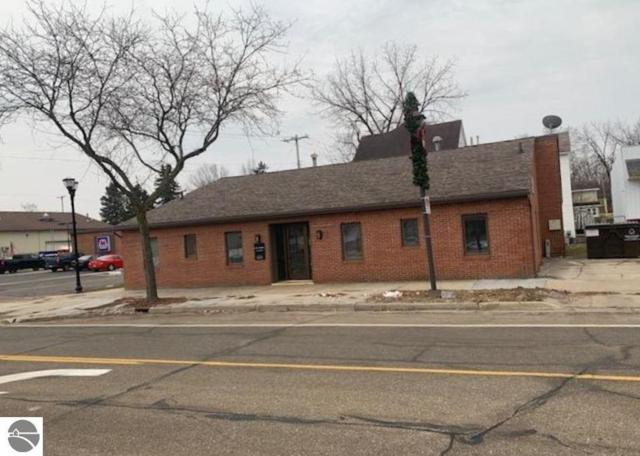 303 W Superior Avenue, Alma, MI 48801 (MLS #1855747) :: Team Dakoske | RE/MAX Bayshore