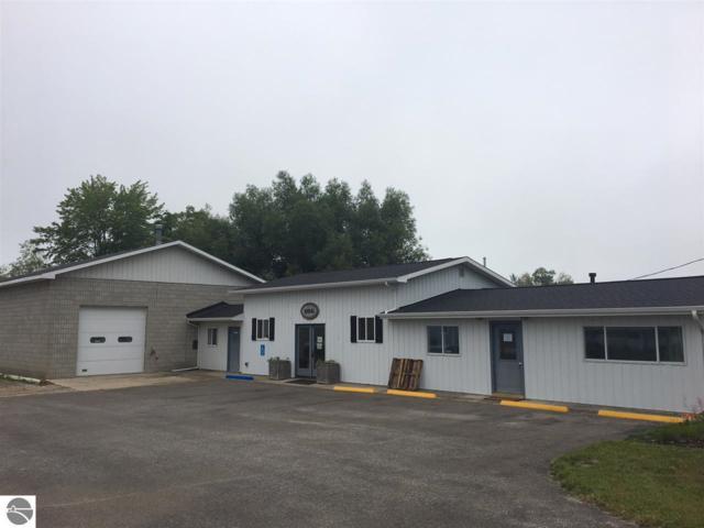 10241 E Cherry Bend, Traverse City, MI 49684 (MLS #1856595) :: Team Dakoske | RE/MAX Bayshore