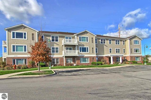 1122 Lake Ridge Drive #306, Traverse City, MI 49684 (MLS #1858889) :: Team Dakoske | RE/MAX Bayshore