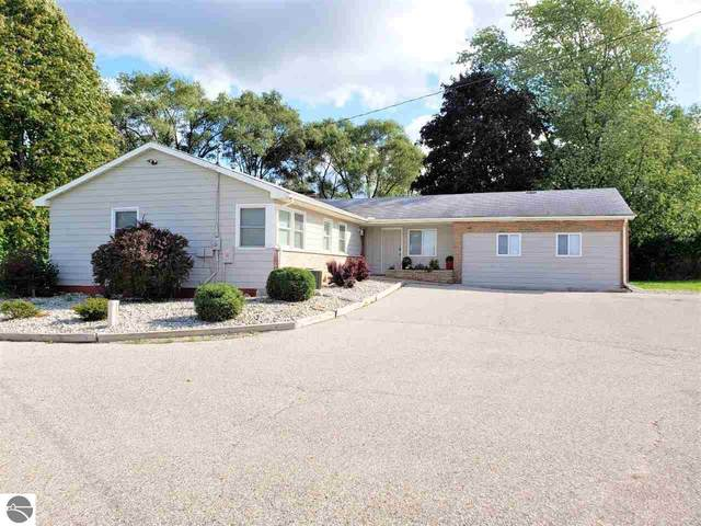 4676 E Broomfield Road, Mt Pleasant, MI 48858 (MLS #1858915) :: Boerma Realty, LLC
