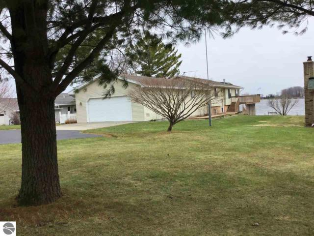 1036 Granada Drive, Lake Isabella, MI 48893 (MLS #1859666) :: Team Dakoske | RE/MAX Bayshore