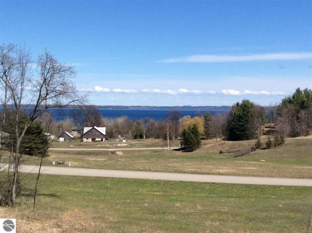 7 S Rolling Hills Drive, Traverse City, MI 49684 (MLS #1859674) :: Boerma Realty, LLC