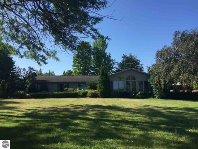 509 Lake Street, Elk Rapids, MI 49629 (MLS #1861177) :: Team Dakoske   RE/MAX Bayshore