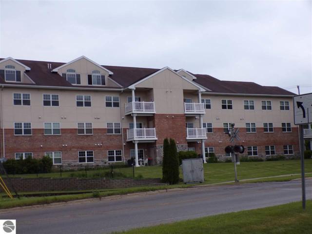 301 N Lake Street #303, Cadillac, MI 49601 (MLS #1862725) :: Team Dakoske | RE/MAX Bayshore