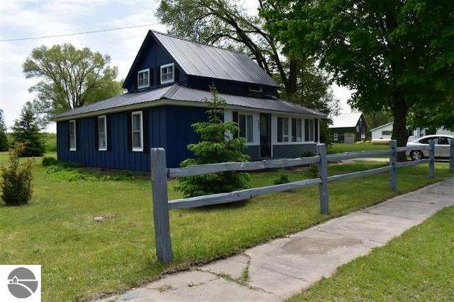 7361 Third Street, Thompsonville, MI 49683 (MLS #1863728) :: Michigan LifeStyle Homes Group